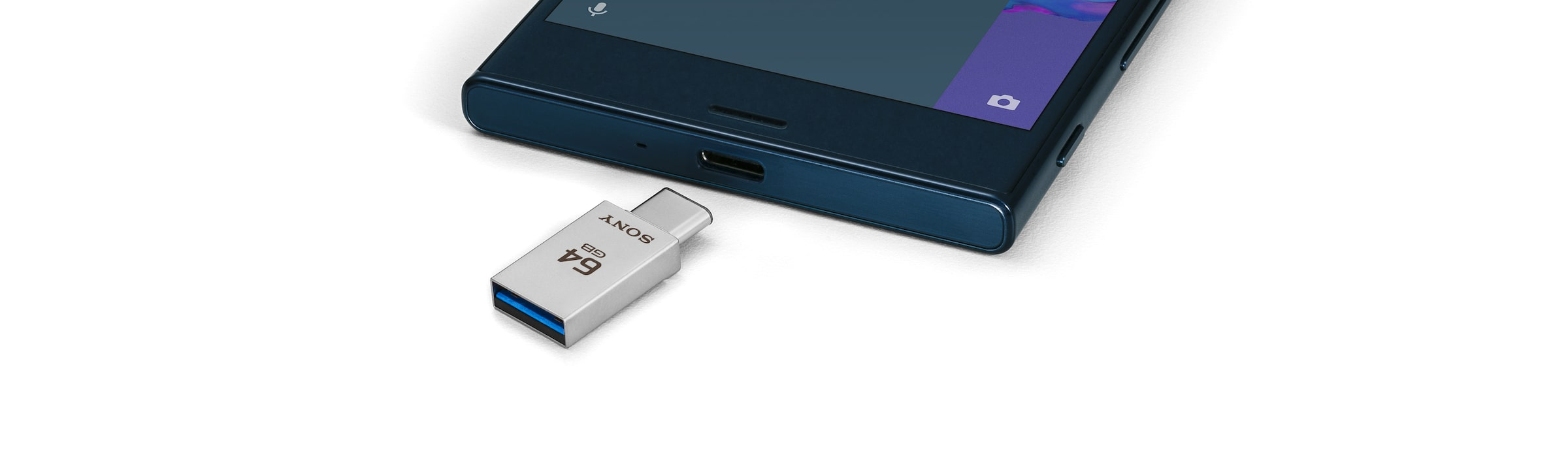 USB Type-C™ & Type-A Dual Connection Flash Drive in action